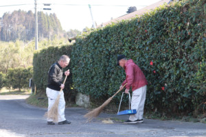 草刈り、清掃活動
